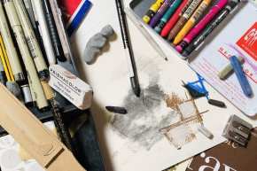 Artist's Toolbox: Dry Media in Drawing